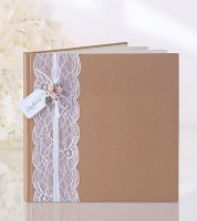 Kraftpapier-Gästebuch mit Spitzenband und rosa Röschen