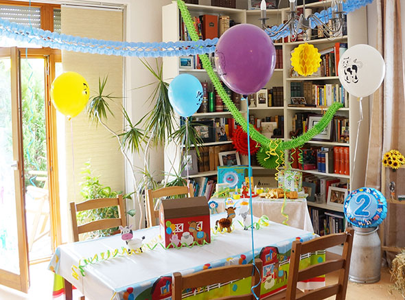 bauernhofparty zum 2 kindergeburtstag baby belly party blog. Black Bedroom Furniture Sets. Home Design Ideas