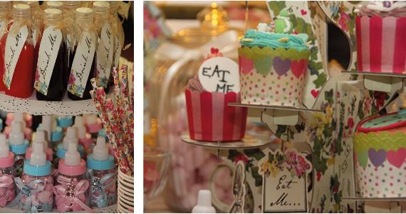 Muffins und Getränke in hübsch abgefüllten Flaschen entführen in die Welt der Alice im Wunderland