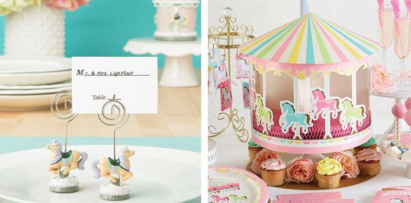 Mit unseren Platzkartenhaltern und Tischaufstellern ergänzt du wunderbar die Karussell-Dekoration zum 1. Geburtstag