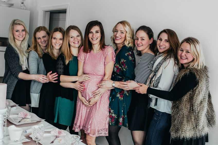 Lade deine Liebsten zur Babyparty ein (c) Anna Fichtner Fotografie