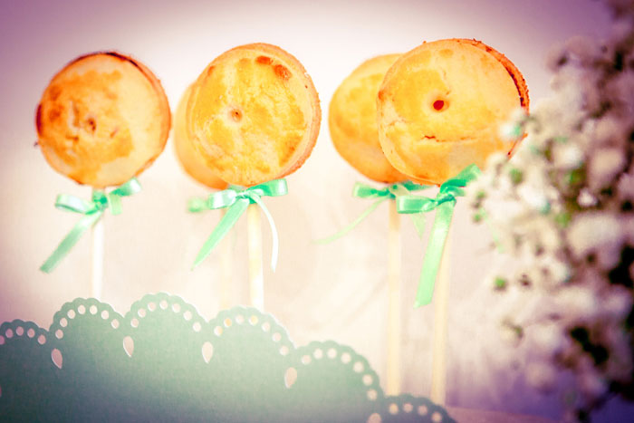 Leckere Apfel Pie Pops für die Baby Shower von petitehomemade