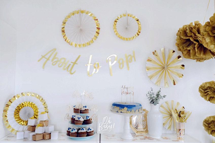 Mit Deko und Backzubehör verleihst du deinem Sweet Table den passenden Look (c) Bonny und Kleid DIY Blog