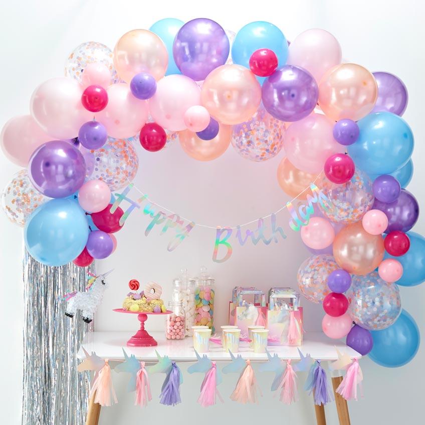 Ballongirlanden für Kinder dürfen gern bunt sein