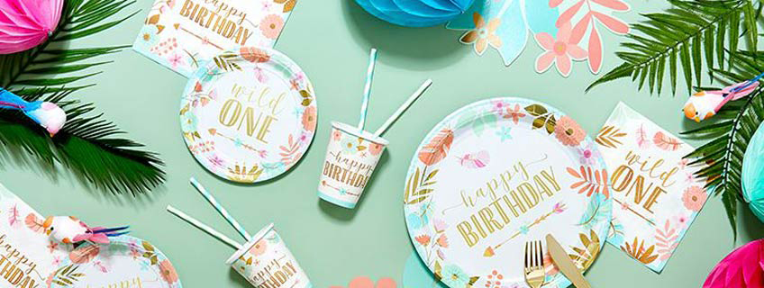 Boho Partydeko für den 1. Geburtstag kleiner Mädchen
