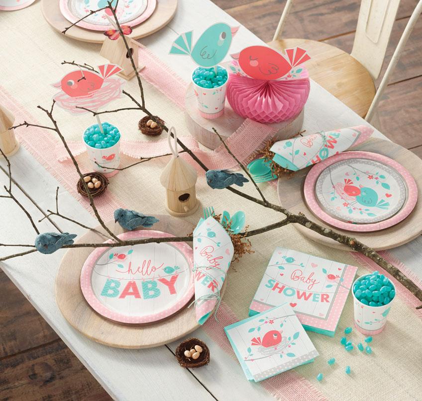 Vögelchen-Motive in Rosarot und Mint für eure Mädchen-Babyparty.