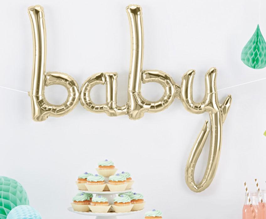 """Auch auf dem Baby Sprinkle darf es glänzen: Mit dem """"baby"""" Script-Ballon in Metallic Gold"""