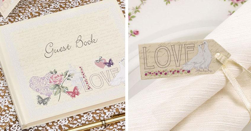 Liebe zum Detail - Gästebuch und Anhängeschilder sind im Look der Vintage-Taufe
