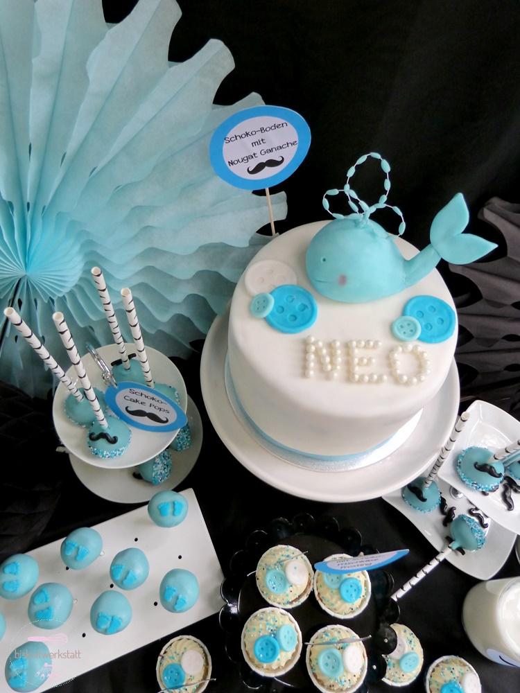Schon Torte, Cupcakes, Cake Pops Und Milch Halten Die Gäste Kleiner Gentlemen Auf  Der Babyparty