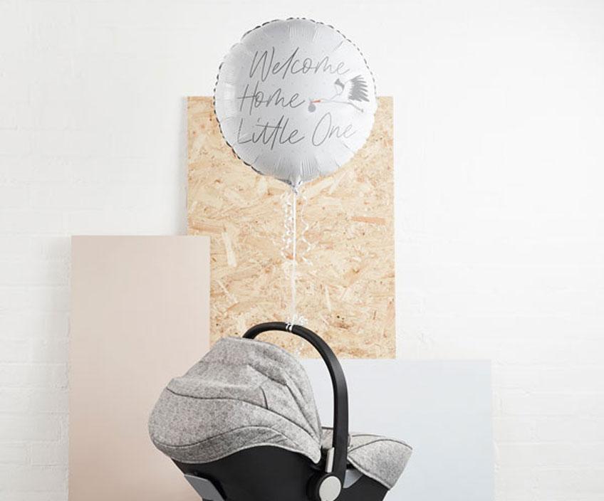 Überrasche Mama und Baby mit einem süßen Willkommens-Ballon, wenn sie nach Hause kommen!