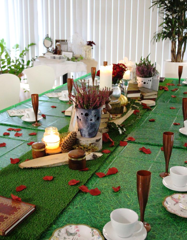 Märchenhaft schön gedeckter Tisch   Baby Belly Party Blog