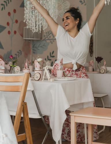 Geschafft! Mit süßer Deko bist du schnell bereit für die florale Babyparty (c) sandrasara__