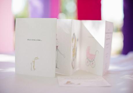 Süße Babyparty-Einladungen von Katrina Louise Photography fotografiert