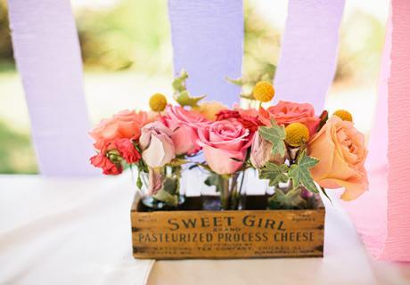Blumen-Dekoration auf der Babyparty