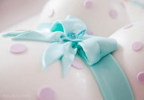 Der Belly Cake ist eine super beliebte Babyparty-Torte