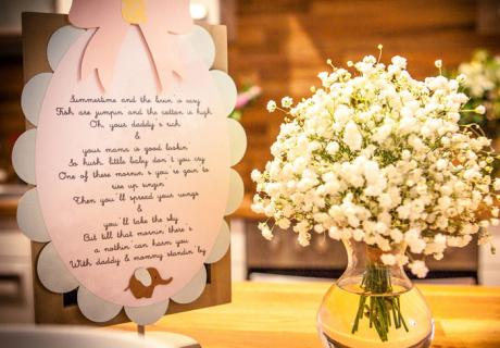 Mit einem kleinen Gedicht zur Babyparty erhält die Mom to Be eine wunderschöne Erinnerung