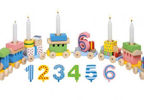 Vom ersten bis zum sechsten Lebensjahr kann sich euer Schatz auf den Geburtstagszug freuen