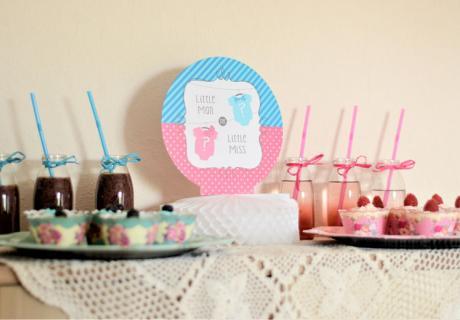 Zweigeteilter Sweet Table in Rosa und Blau © Nadine Bartholdt Fotografie