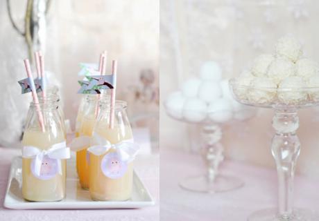 Milchfläschchen und süße Schneeflocken für den Sweet Table im Winter-Wonderland