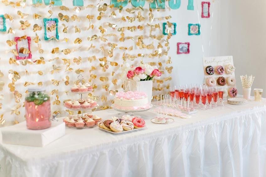 Beachte beim Babyparty-Sweet-Table die Gelüste der Bald-Mama © nataschaslife