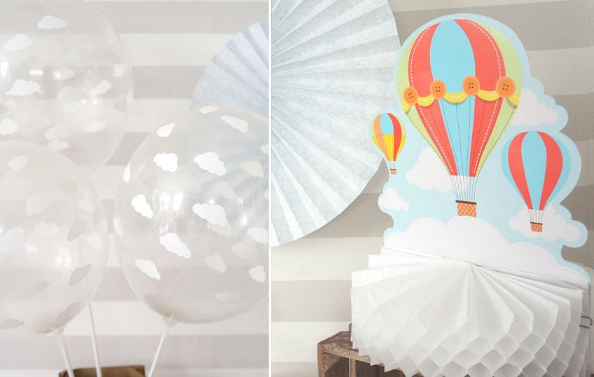Aufsteller in Form von Wolke, Luftballons und Heißluftballons
